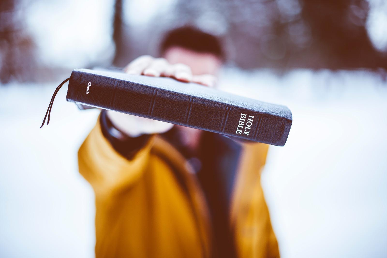 Cómo ayudar a un hermano en su lucha contra el pecado