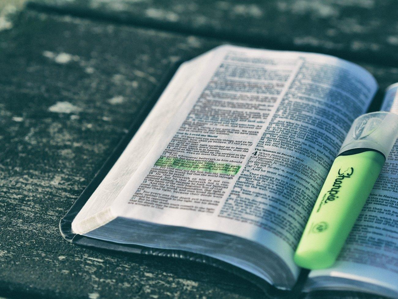 3 estrategias para conocer mejor la Biblia en el 2017