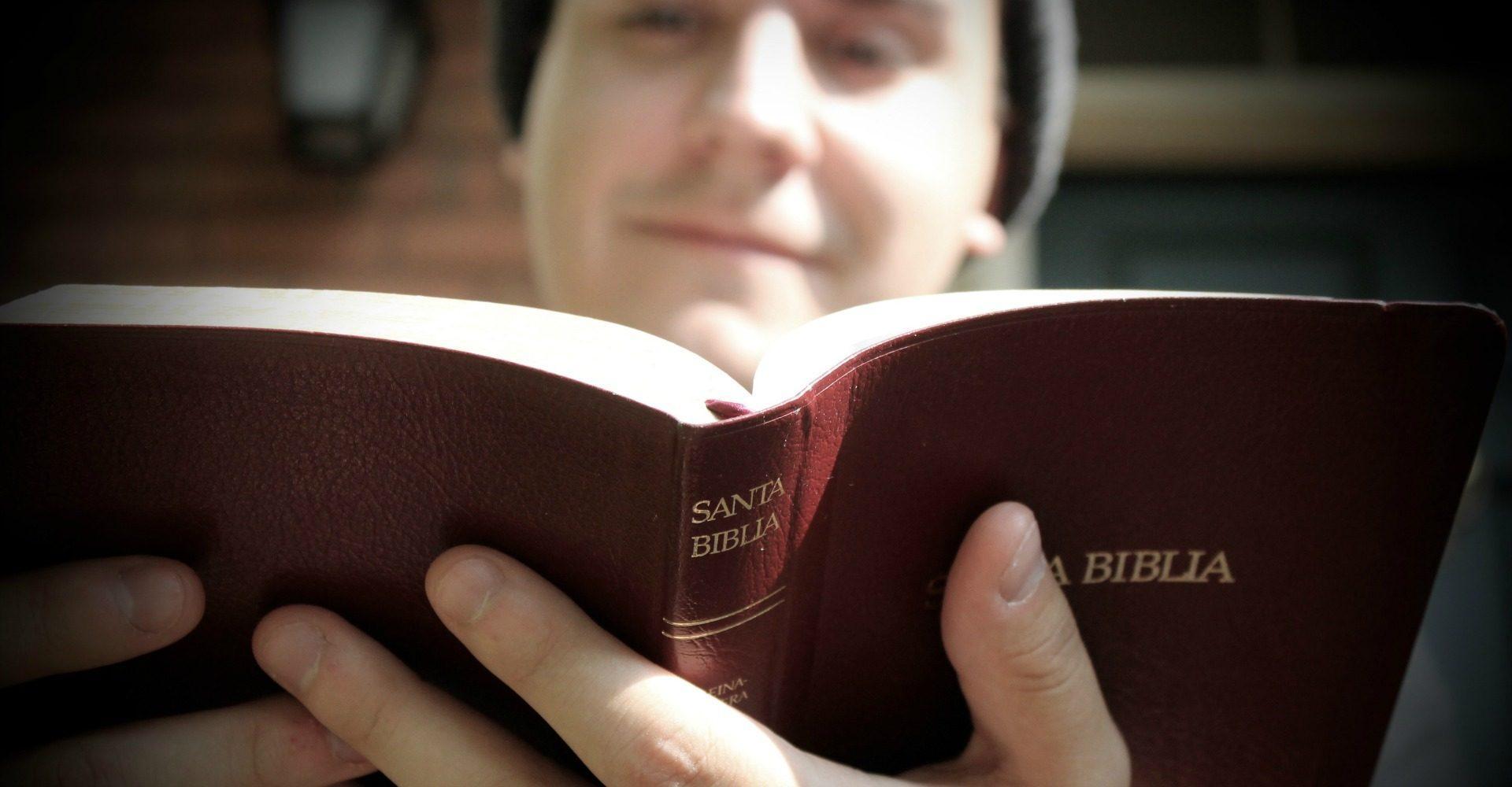 3 lecciones sobre profundizar en la Biblia