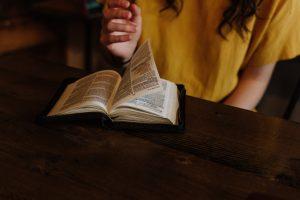 Cómo escoger un plan de lectura bíblica para el próximo año