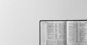 Cómo leer la Biblia en un año sin fracasar en el intento